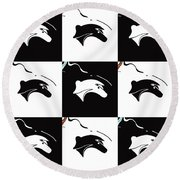 Fable Chess Round Beach Towel