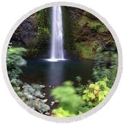 Horsetail Falls Basin Round Beach Towel