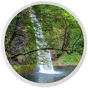 Horsetail Falls, Oregon Round Beach Towel