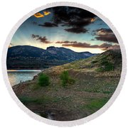 Horsetooth Reservior At Sunset Round Beach Towel