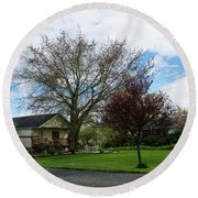 House At The City Limits Round Beach Towel