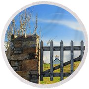 House Behind The Fence Round Beach Towel