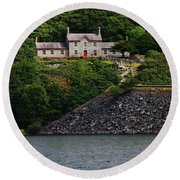 House By The Llyn Peris Round Beach Towel