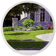 House On Wisconsin Avenue Round Beach Towel