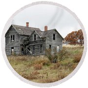 House With A View Round Beach Towel