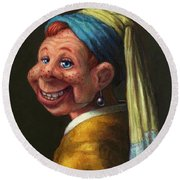 Howdy With A Pearl Earring Round Beach Towel