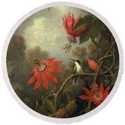 Hummingbird And Passionflowers Round Beach Towel