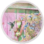 Hummingbird In The Garden Round Beach Towel