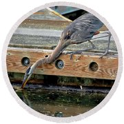 Hunting Heron Round Beach Towel