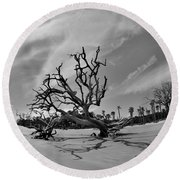 Hunting Island Beach And Driftwood Black And White Round Beach Towel