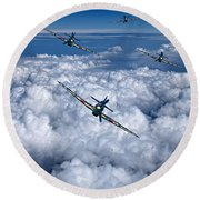 Hurricanes On Your Tail Round Beach Towel