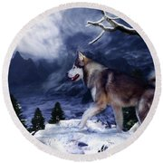 Husky - Mountain Spirit Round Beach Towel