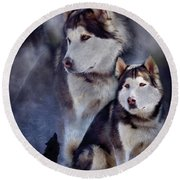 Husky - Night Spirit Round Beach Towel