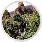 Iao Needle Round Beach Towel