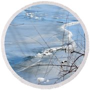 Ice Waves Round Beach Towel