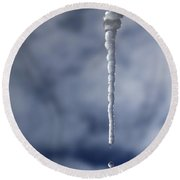Icicle And Water Drop Round Beach Towel