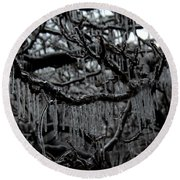 Icy Fingers Round Beach Towel