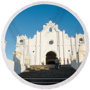 Iglesia San Andres Apostol - Apaneca Round Beach Towel