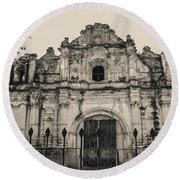 Iglesia San Jose El Viejo - Antigua Guatemala Round Beach Towel