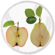 Illustration Of Apple And Pear Round Beach Towel