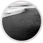 In My Thoughts Round Beach Towel