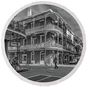 In The French Quarter - 3 Bw Round Beach Towel