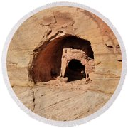 Indian Dwelling Canyon De Chelly Round Beach Towel