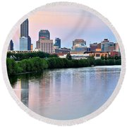Indianapolis At Dusk Round Beach Towel