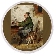 Innkeeper With A Cat Round Beach Towel