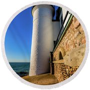Intricate Rocks Round Beach Towel