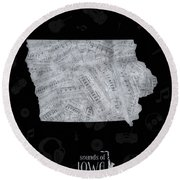 Iowa Map Music Notes 2 Round Beach Towel