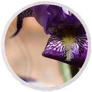 Iris Gemanica Round Beach Towel