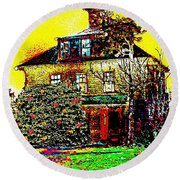 Island Cottage Round Beach Towel