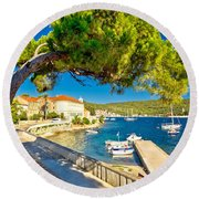 Island Of Vis Seafront Walkway View Round Beach Towel