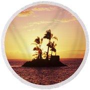 Island Silhouette Round Beach Towel