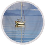 Isle Of Colonsay, Scotland Sailboat On Round Beach Towel