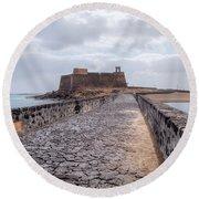 Islote De Los Ingleses - Lanzarote Round Beach Towel