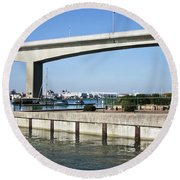 Itchen Bridge Southampton Round Beach Towel