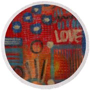 It's Love Round Beach Towel