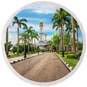Jame'asr Hassanil Bolkiah Mosque In Brunei Round Beach Towel