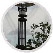 Japanese Street Lamp Round Beach Towel