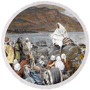 Jesus Preaching Round Beach Towel