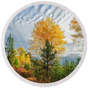 Jughandle Mountain Round Beach Towel