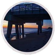 Juno Pier Moring Gaze Round Beach Towel