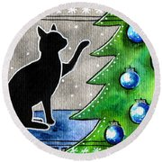 Just Counting Balls - Christmas Cat Round Beach Towel