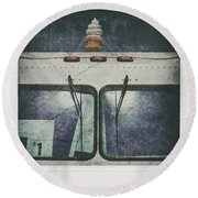 Just Out Of Reach Round Beach Towel