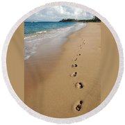 Kaanapali Footprints In The Sand Round Beach Towel