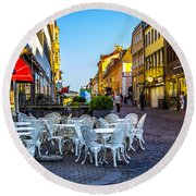 Kalmar At Dusk Round Beach Towel