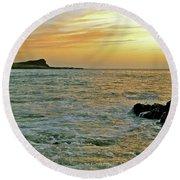 Kaohikaipu Island Sunrise  658 Round Beach Towel