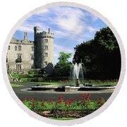 Kilkenny Castle, Co Kilkenny, Ireland Round Beach Towel